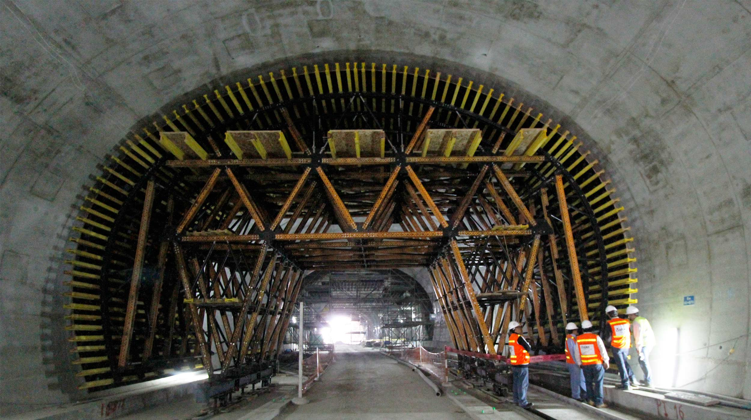 Díky našim standardním vozíkům MK jsme byli schopni tyto dva tunely postavit flexibilním způsobem, který zákazníkovi významně ušetřil náklady.