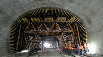 Tunel Santa Rosa, Lima, Peru