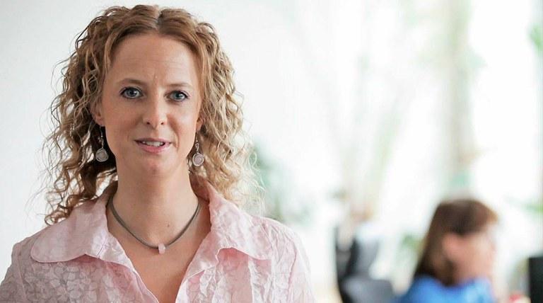 Sandra Bukow, Projektant digitálních médií v Německu